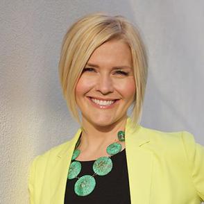 Dr. Lauren Noel